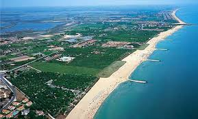 Foto aerea della spiaggia di Cavallino